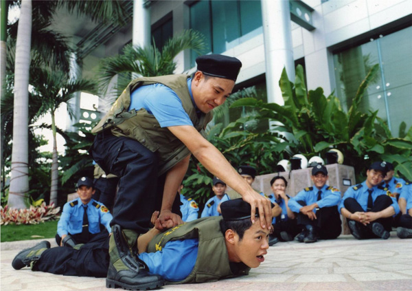 Đào tạo nhân viên trở thành những bảo vệ chuyên nghiệp